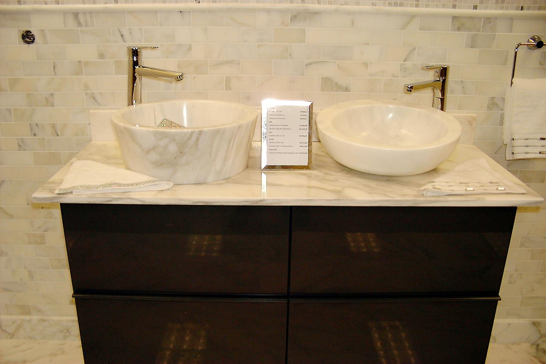 Delicate And Chic Calacatta Verde Marble Slabs Tirmar - Marble slab for bathroom vanity